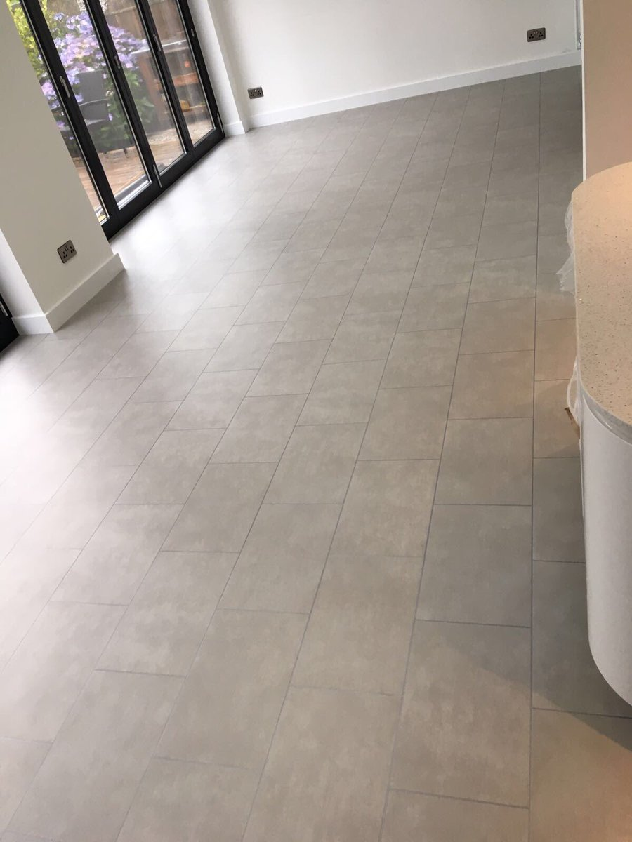 Amtico Spacia Metropolis Ice
