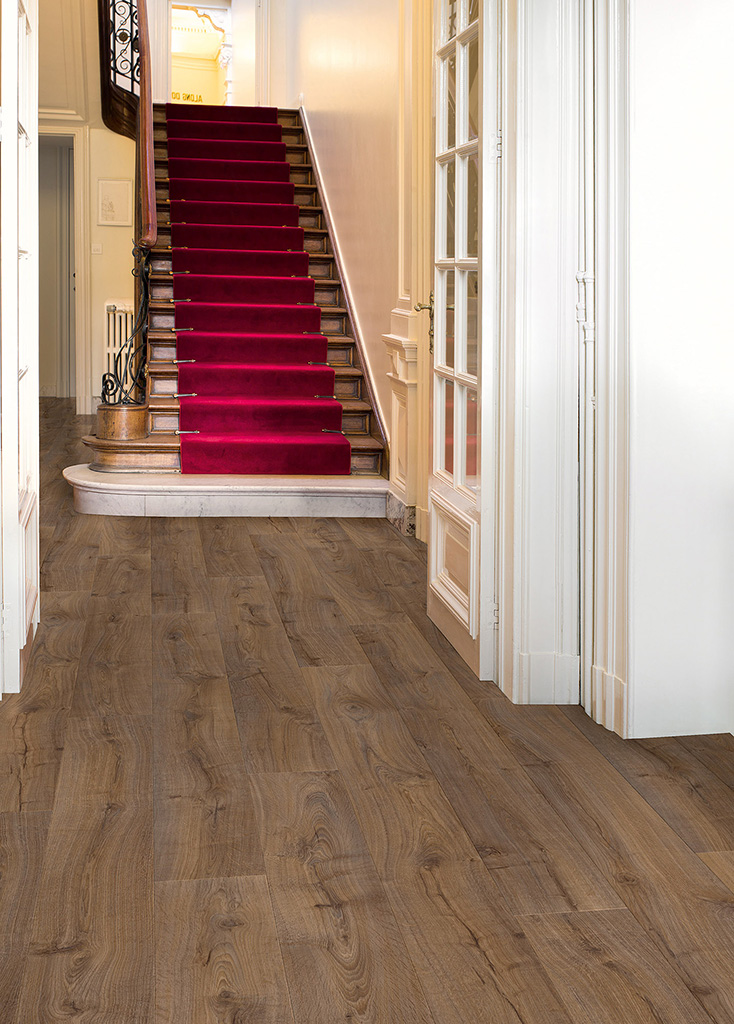 Make An Entrance With Hallway Flooring